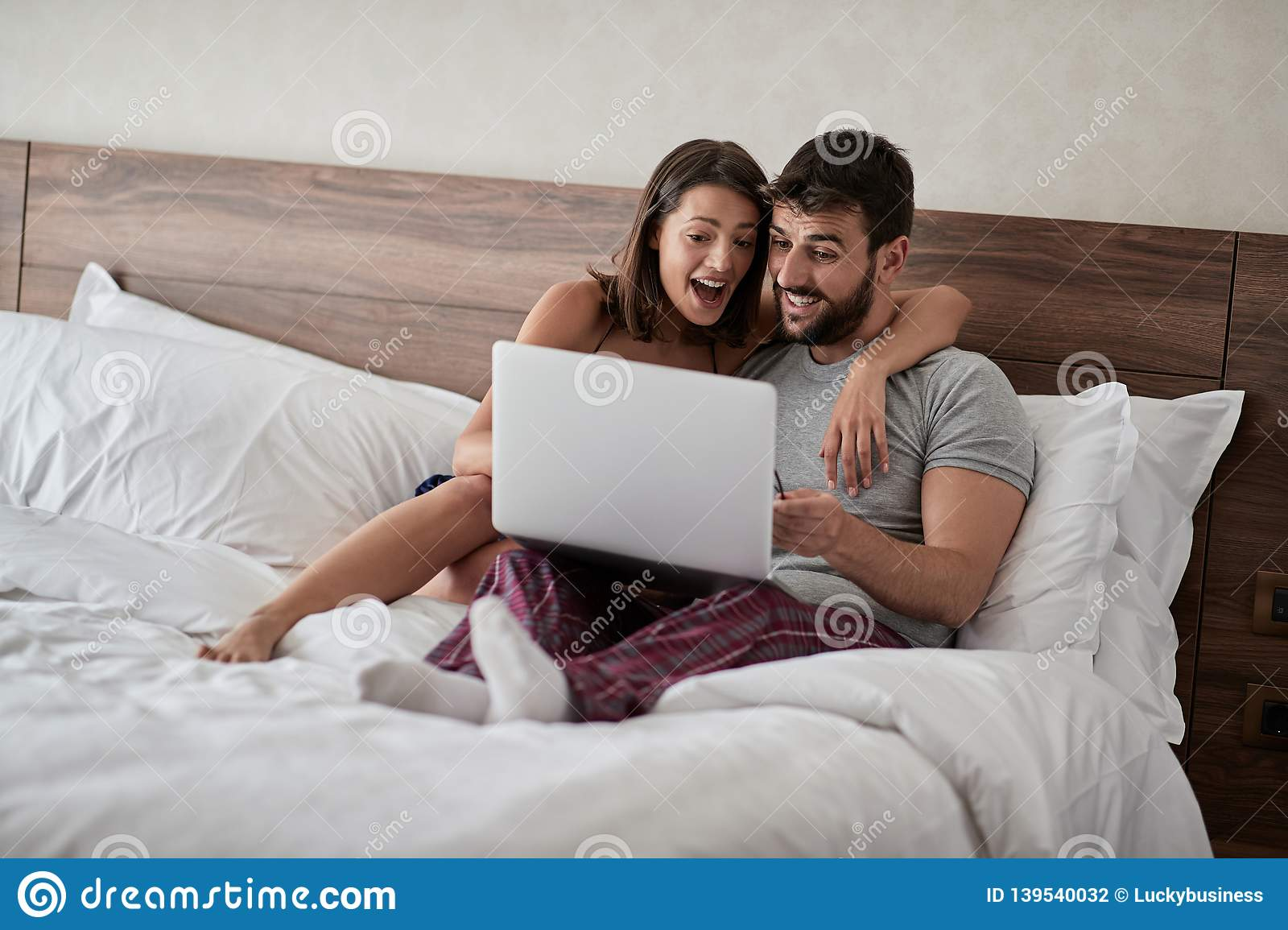 couple in bed video